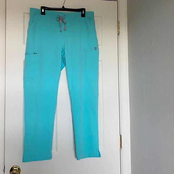 figs yola skinny petite scrub pants